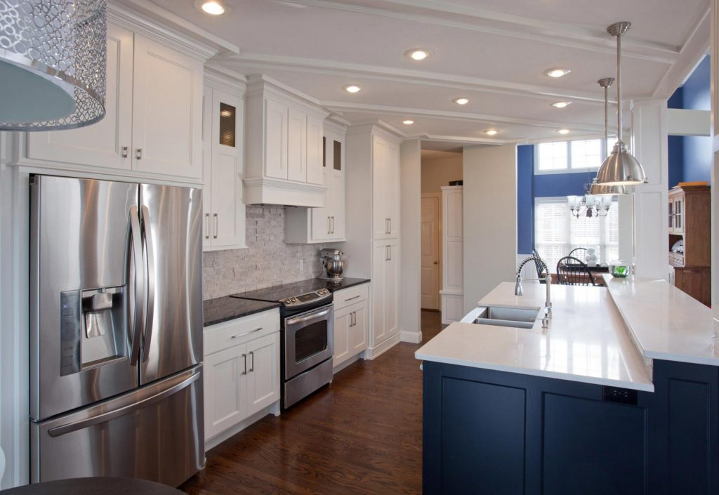 A blue and white kitchen remodeling design